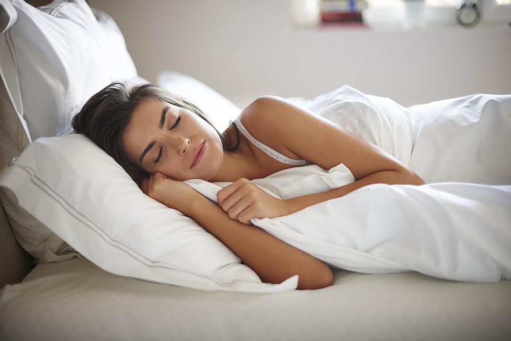 A jó alvás segíthet a fogyásban is | Well&fit