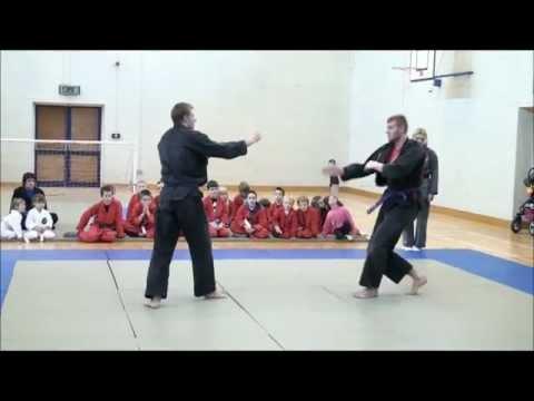 A fénykardvívás hét technikája: hiperrealitás, avagy a harcművészet feltalálása | Et al.