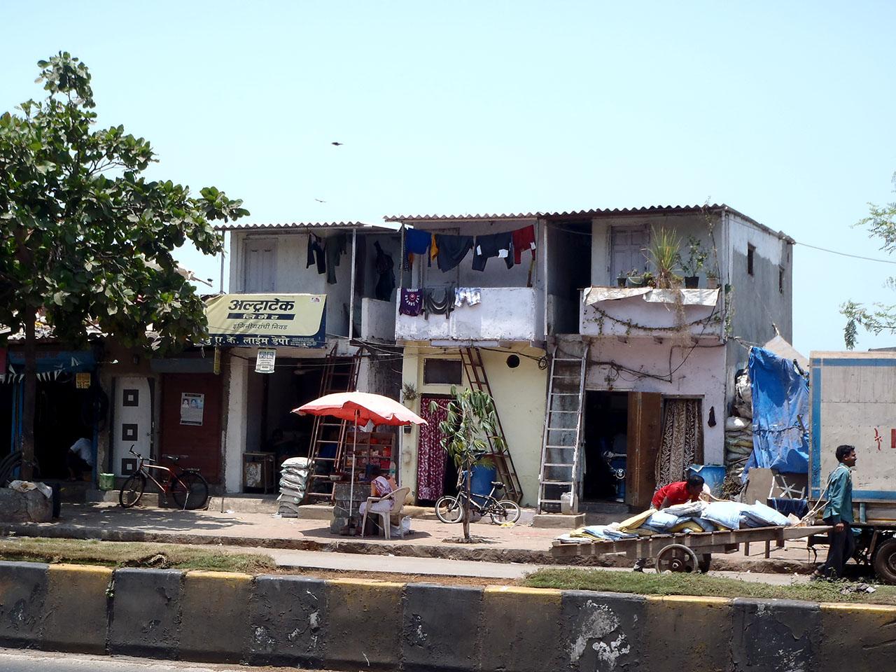 Külföld: Mészárlás Mumbaiban - megmenekültek a magyarok - pasztorpuli.hu